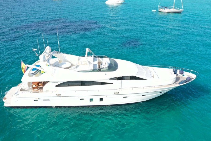 Astondoa-82 GLX 2006-Hemera Cuarta Ibiza-Spain-Profile-1239721-featured
