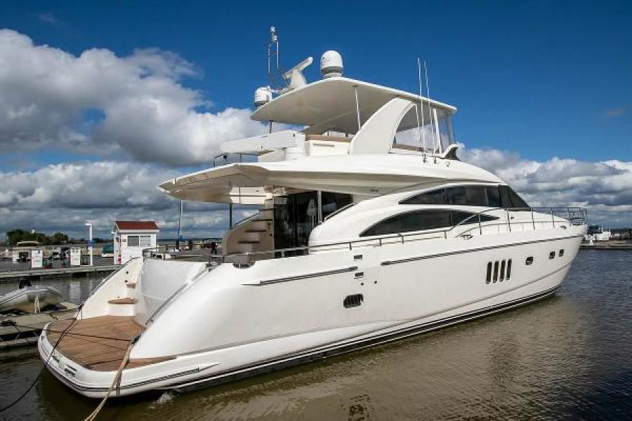 Princess-67 Flybridge 2006-GINA MARIE Green Bay-Wisconsin-United States-1244268-featured