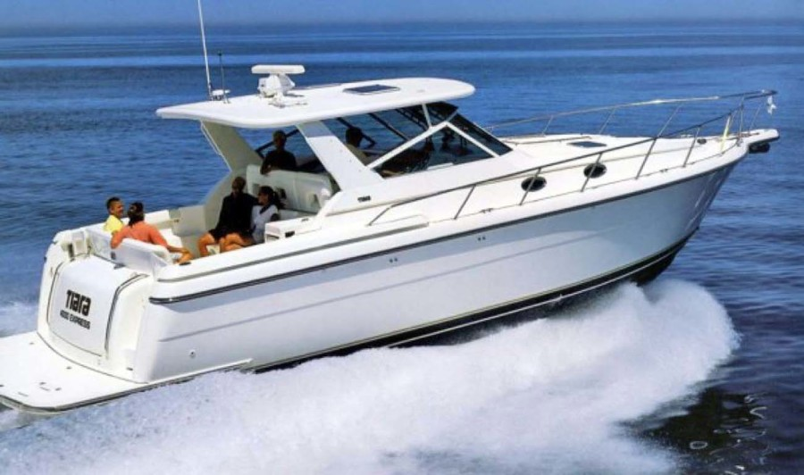 photo of 40' Tiara 4000 Express 2001