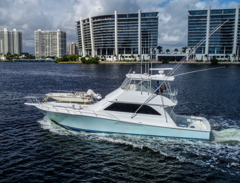Viking-Convertible 2002 -Miami Beach-Florida-United States-1250586-featured