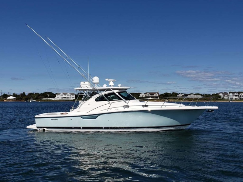 Photo of 38' Pursuit 3800 Express 2004