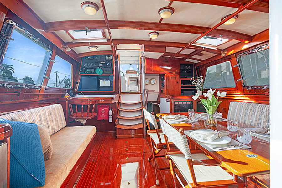 WIND WIZARD yacht for sale