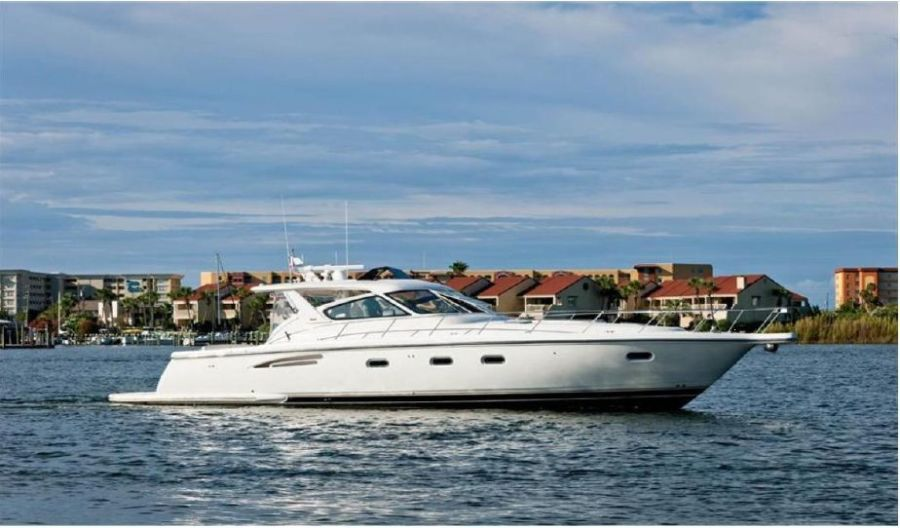 Photo of 52' Tiara Yachts Express 1999