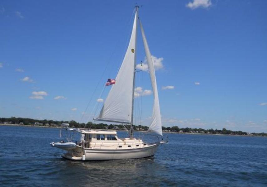 photo of 41' Island Packet 2010
