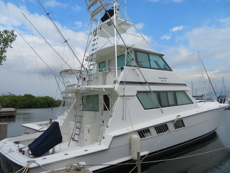 Photo of 65' Hatteras 1996