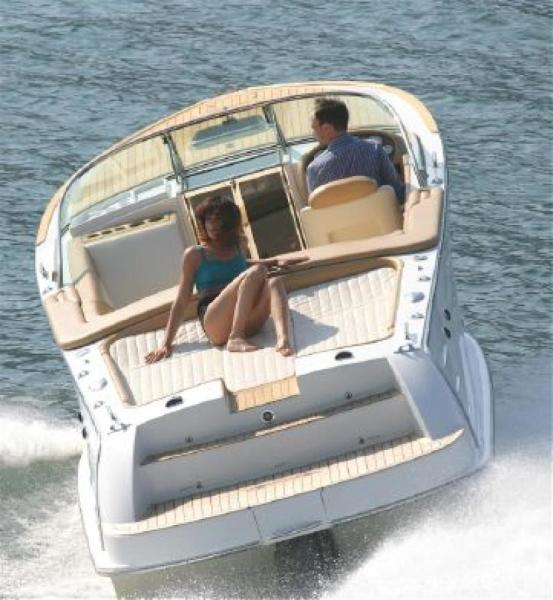 30 Sisterboat