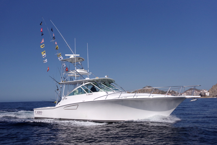photo of 40' Cabo 40 Express 2004
