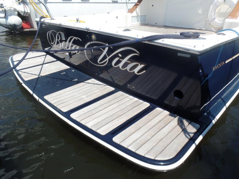 Bella Vita Rivolta Yachts 2005