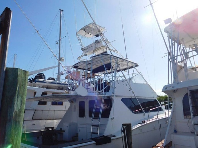 photo of 52' Hatteras Convertible 1986