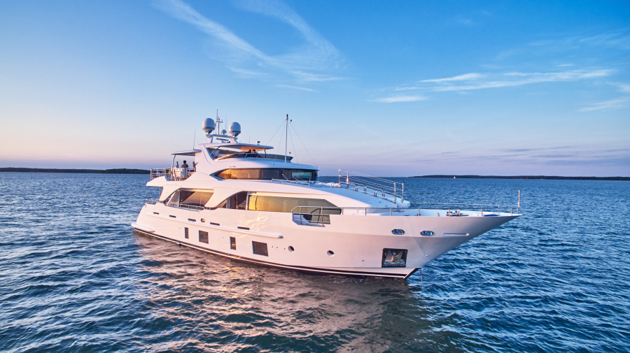 photo of 93' Benetti Delfino 93 2013