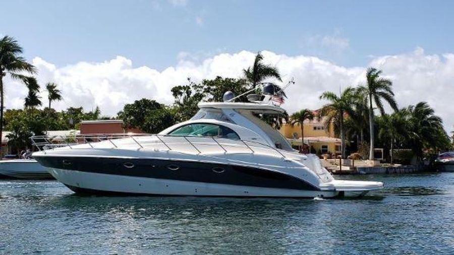 Photo of 42' Maxum 4200 SCR 2002