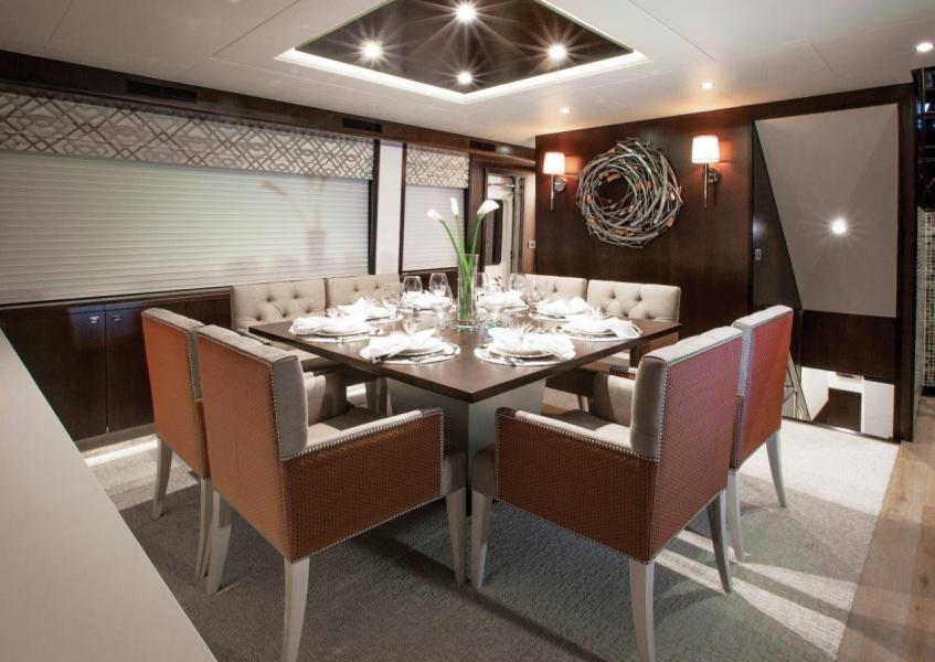 105 RAISED PILOTHOUSE yacht for sale