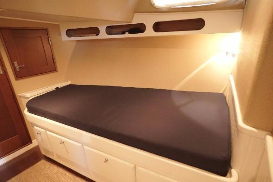 Huckins 44 - Knight Kap - Cabin