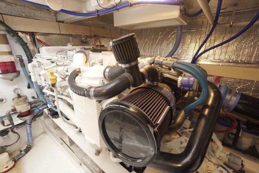 Huckins 44 - Knight Kap - Engine Room