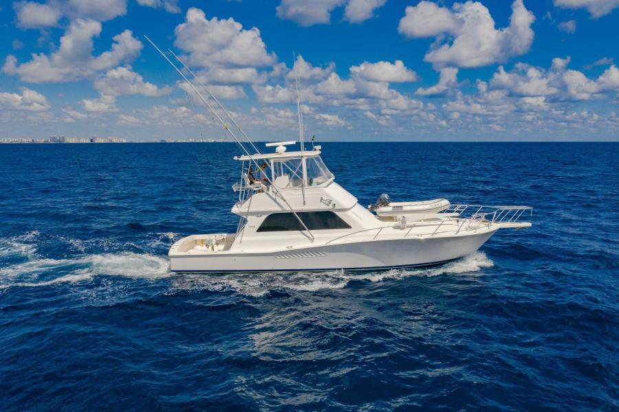 Viking-Convertible 1999-BLUE SKY Fort Lauderdale-Florida-United States-At Sea-1328656-featured