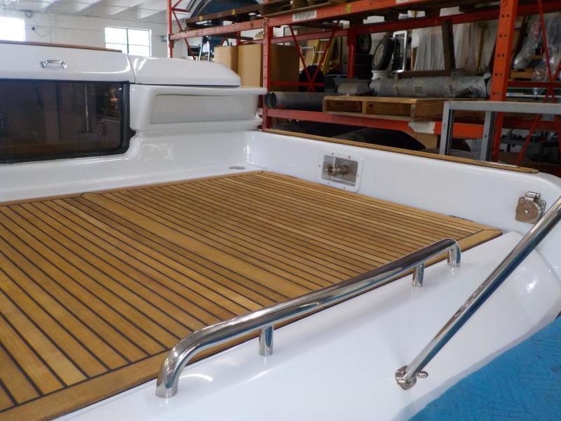Royal Denship 29 - Royal Limo - Aft Deck