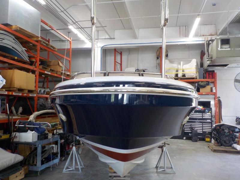 Royal Denship 29 - Royal Limo - Exterior Profile