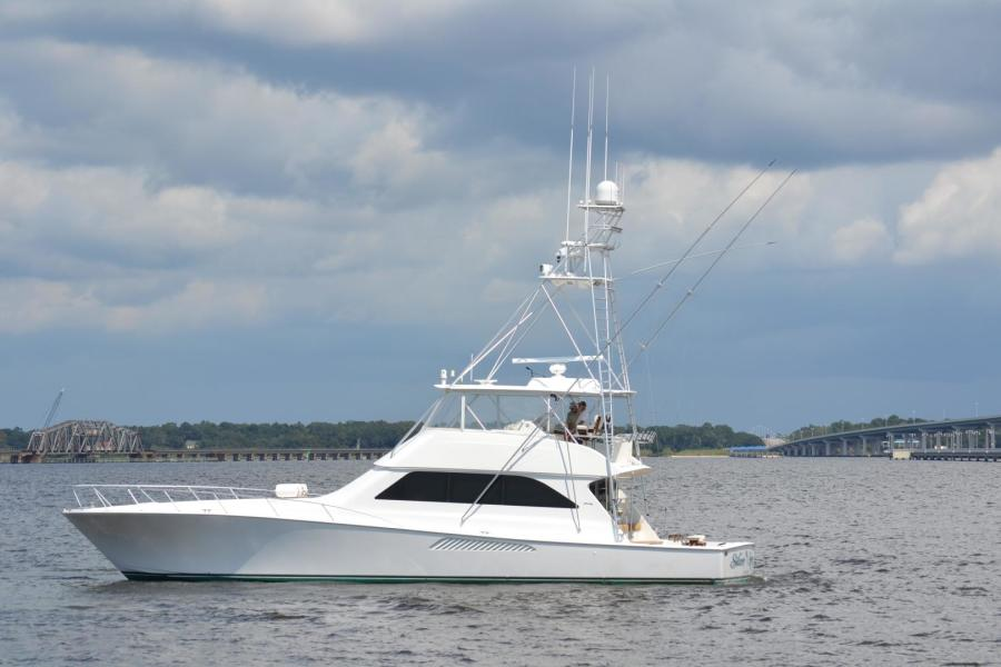 photo of 65' Viking Convertible 2005