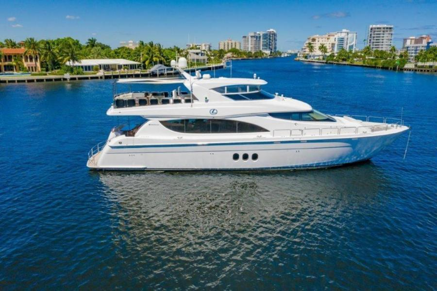 Hatteras-Motor Yacht 2013-LEXUS LADY Fort Lauderdale-Florida-United States-Profile at Anchor-1331056-featured