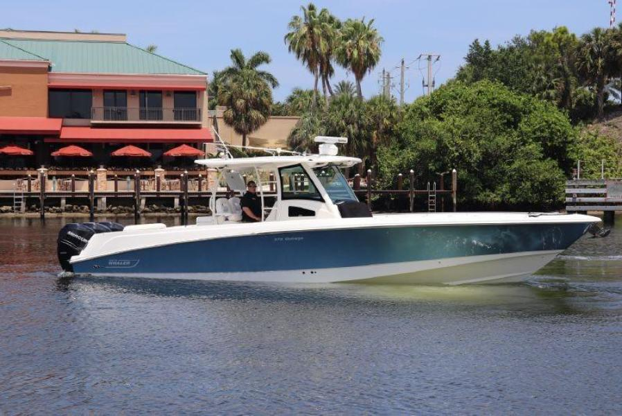 Photo of 38' Boston Whaler 2014