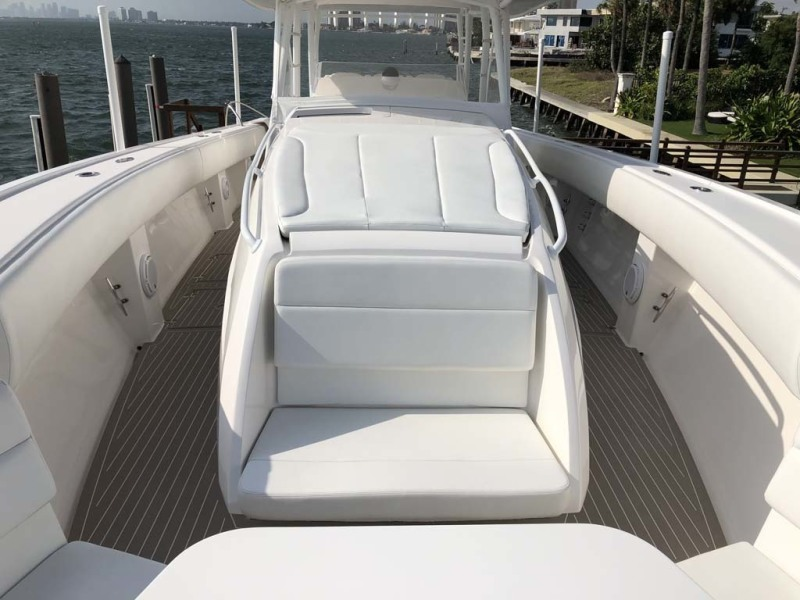 Forward Console Seating