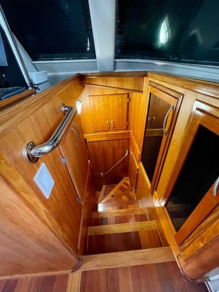 1985 Hatteras 82 Cockpit Motor Yacht Papillon