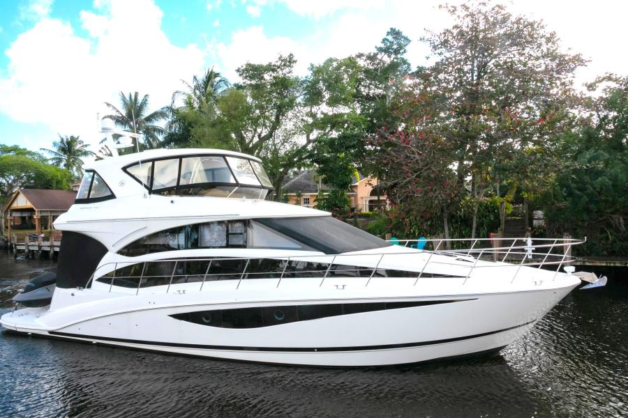 Photo of 54' Meridian 541 Sedan 2013