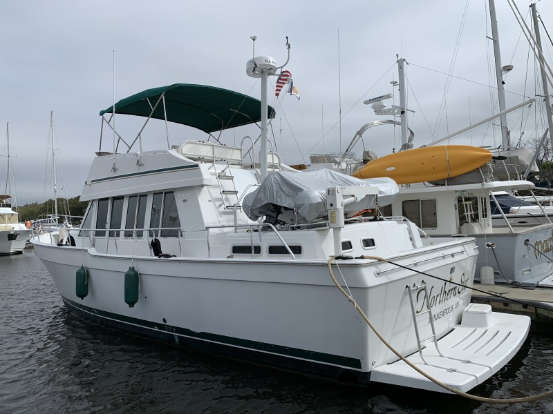 Photo of 43' Mainship 430 2002