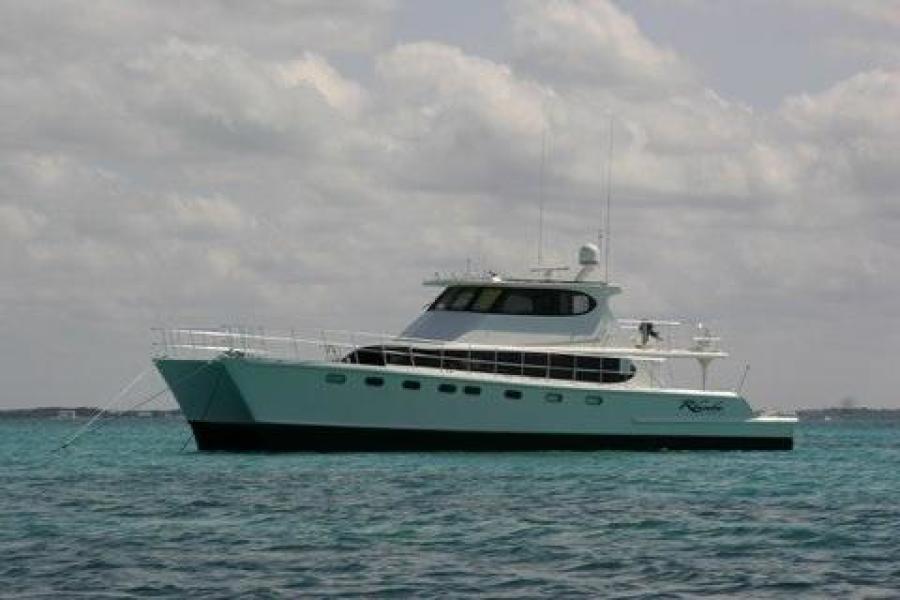 photo of 65' Custom Malcolm Tenant Power Cat 2010