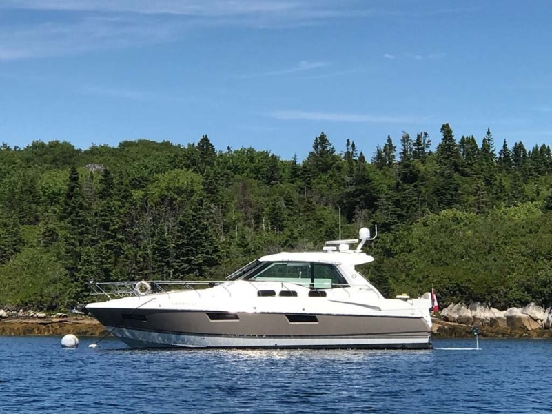 photo of 48' Cruisers Yachts 48 Cantius 2012