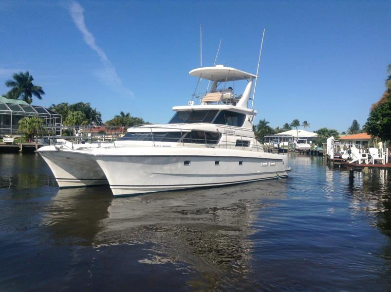 Aventura 2003-Garachine Fort Myers-Florida-United States-1382950-featured