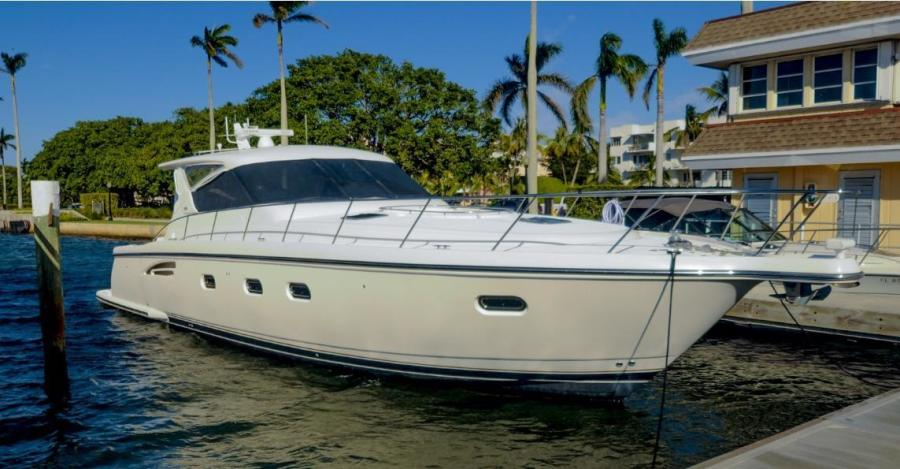 Photo of 52' Tiara 5200 Express 2002