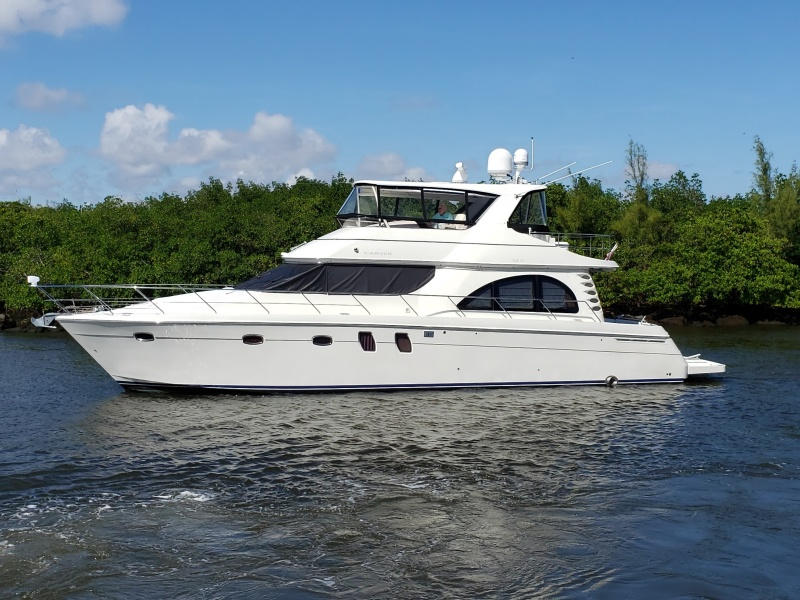 Carver-Voyager 2008-Queen Gayana FT. LAUDERDALE-Florida-United States-1398510-featured
