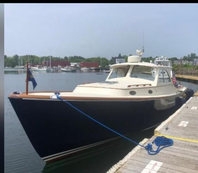Hinckley-Picnic Boat Classic 1999-Fast Folly      Massachusetts-United States-1398702-featured