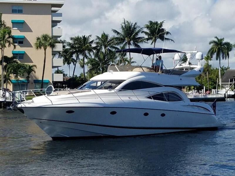 Sunseeker-Manhattan 56 2002 -Miami Beach-Florida-United States-1408155-featured
