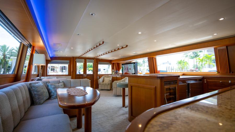 2010 Donzi 80 Convertible - Marlene Sea IV - Dinette / Galley