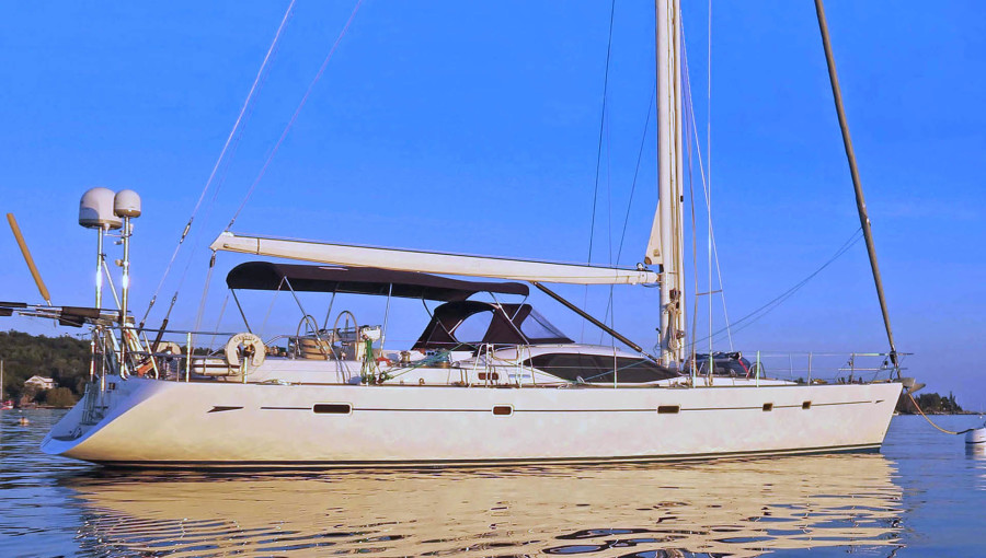 Photo of 66' Oyster 655 2008