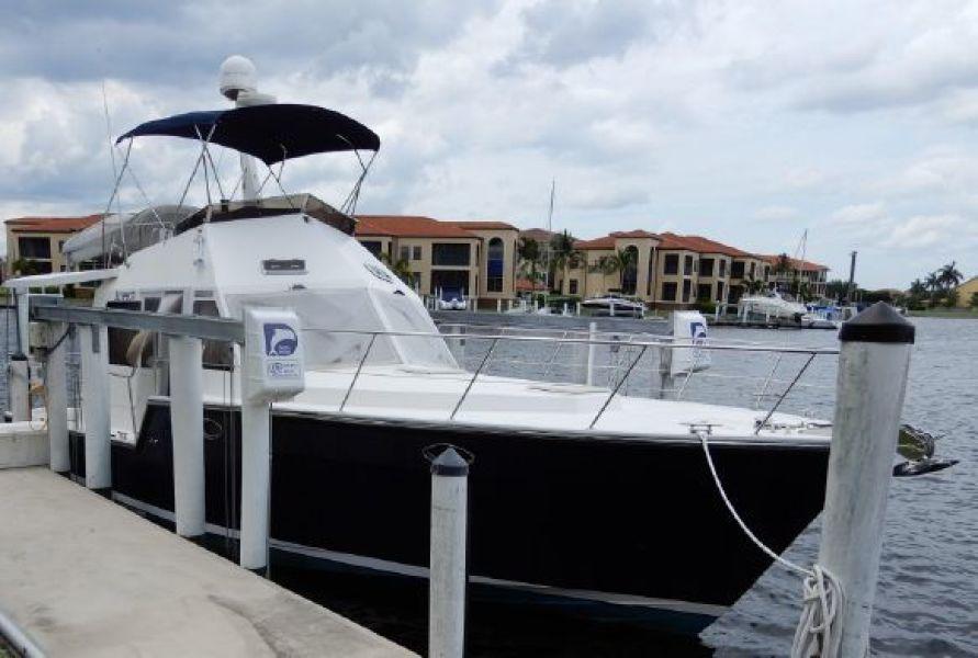 Island Pilot 2007-SCREECH Punta Gorda-Florida-United States-1421713-featured
