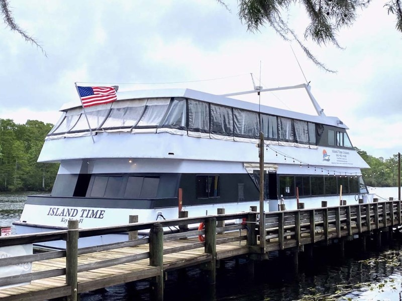 Photo of 90' Custom Freeport 150 Passenger 1993