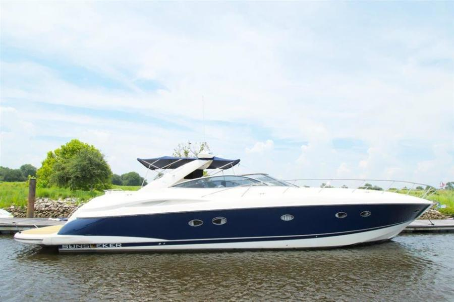 Sunseeker-Predator 2000-Ferrous Myrtle Beach-South Carolina-United States-1428681-featured