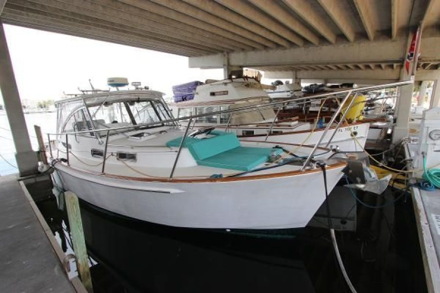 Photo of 34' Legacy Yachts 34 Express 2001