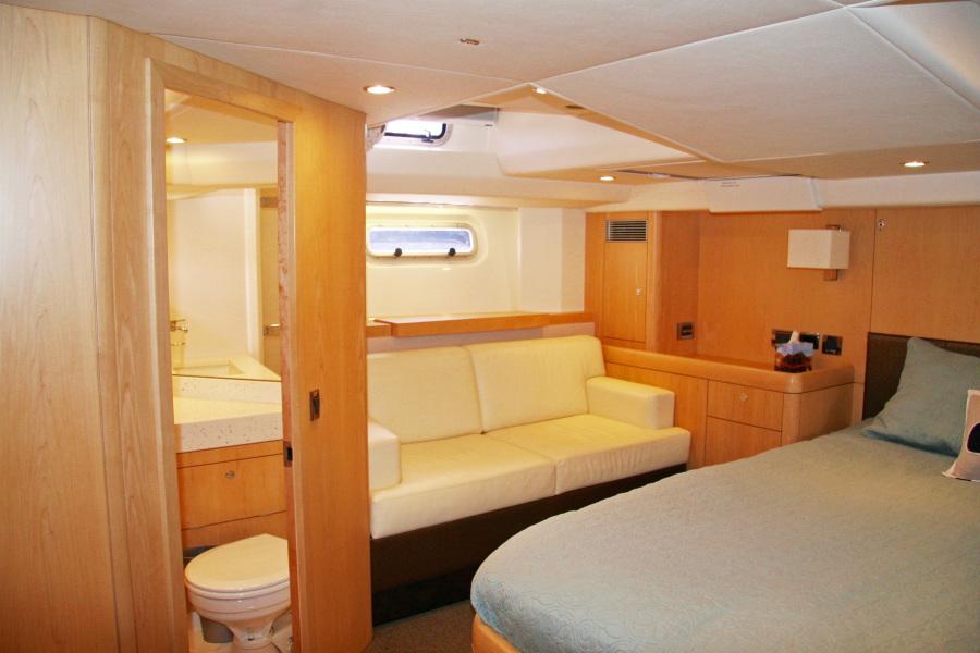 Bandido Owner's Cabin Settee