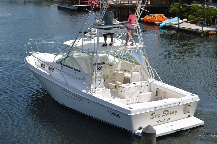 photo of 35' Boston Whaler 350 Defiance 2002