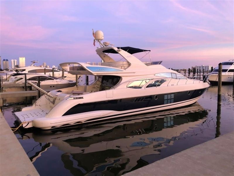 Azimut-680 Full 2008-Our Trade Fort Lauderdale-Florida-United States-1438711-featured