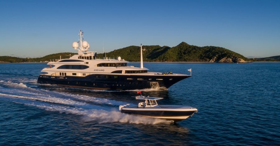 photo of 195' Benetti 2009