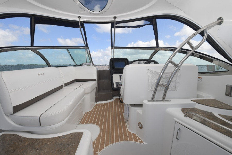 2008 Cruisers 420 Express - Upper Seating