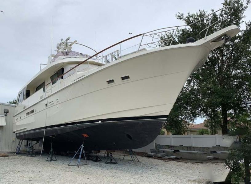 photo of 60' Hatteras Euro Transom Motor Yacht 1989