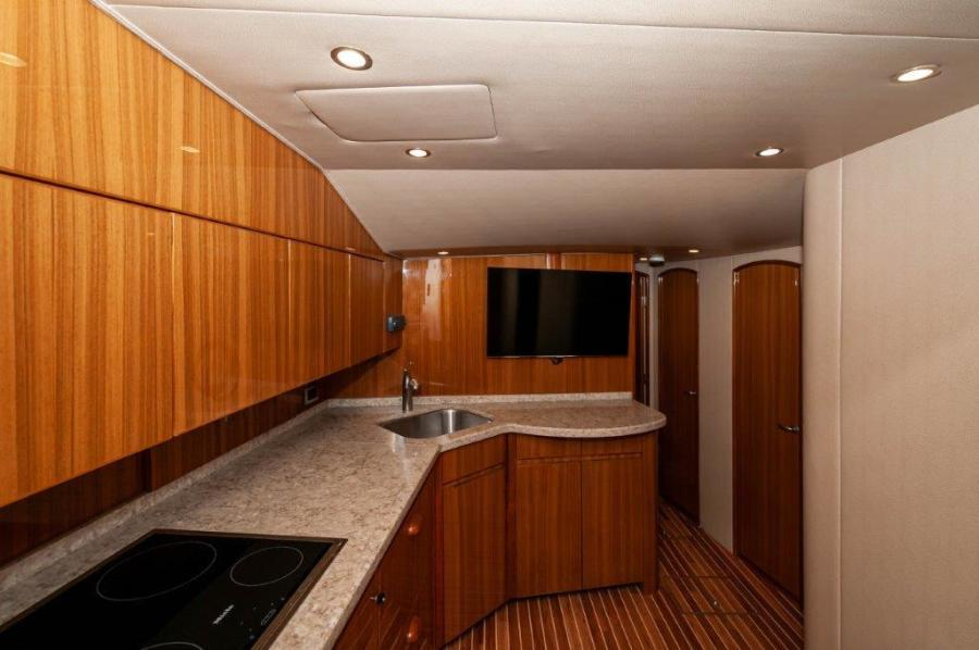 2015 Viking 52 Open Galley (3)