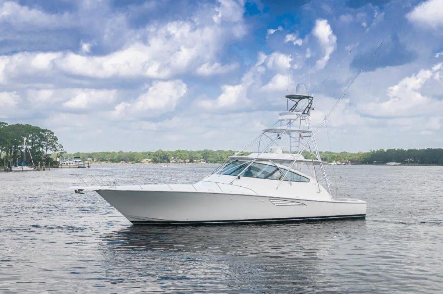 2015 Viking 52 Open Port Profile