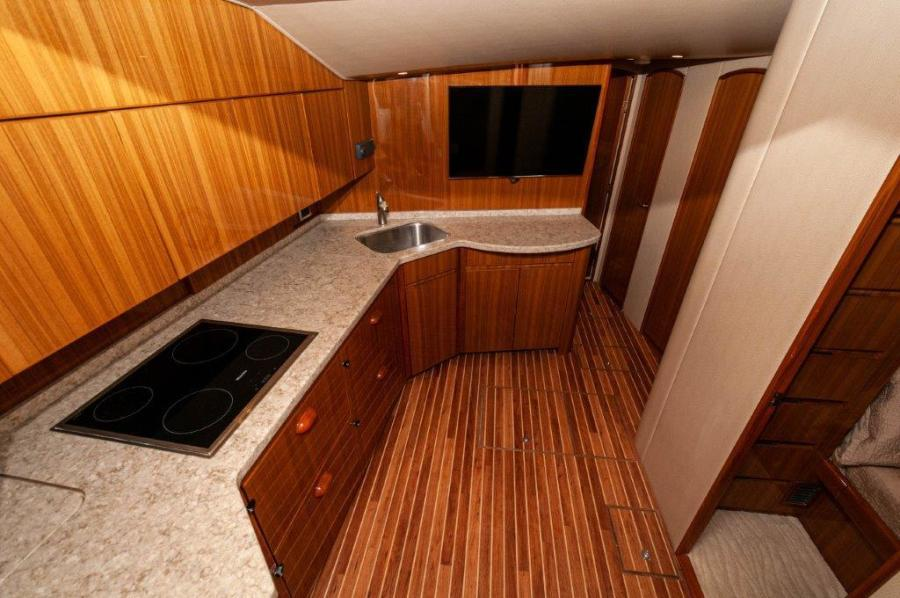 2015 Viking 52 Open Galley (4)